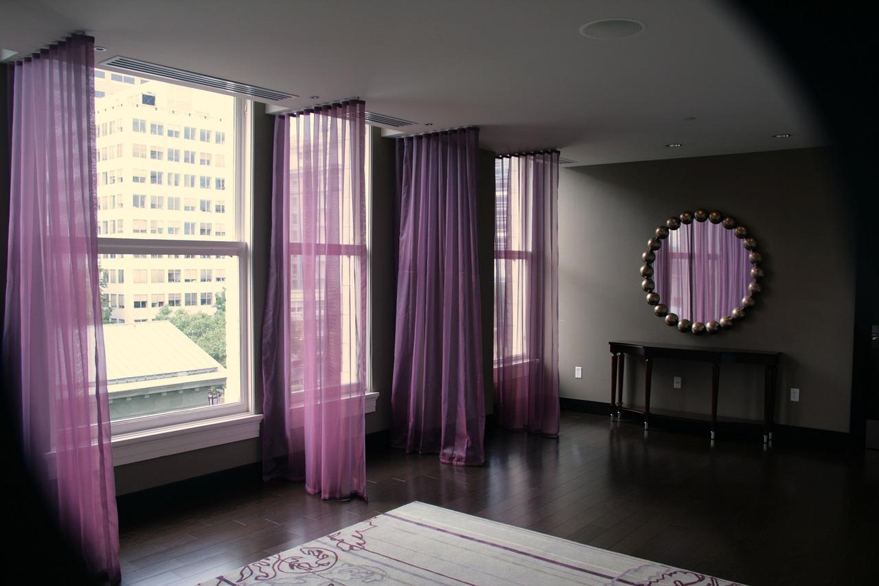 rideaux-violets