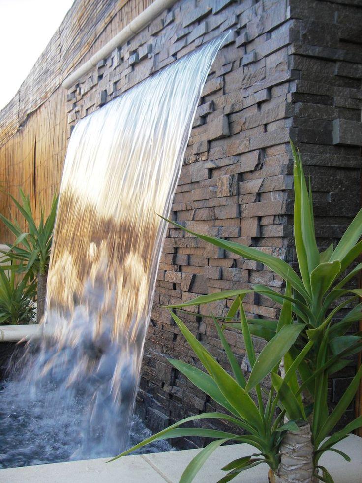 cascade dans jardin