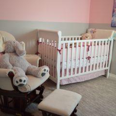 Simplicité et fonctionnalité, les clés pour la chambre de bébé